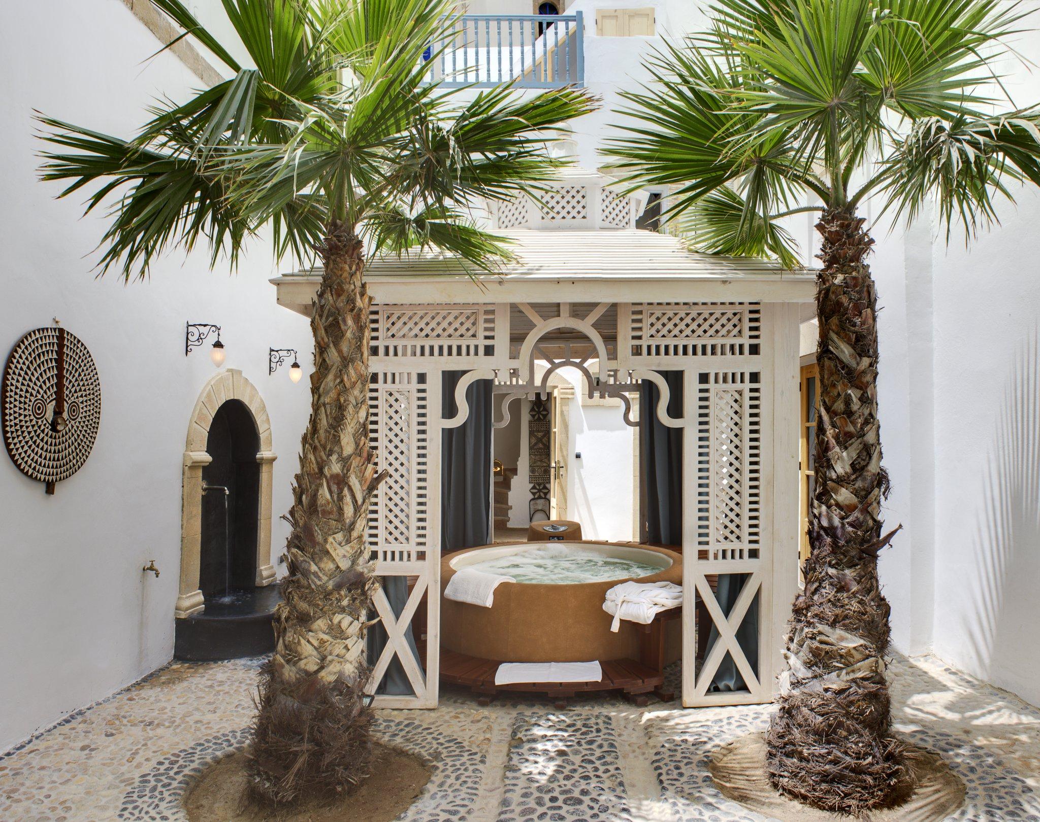 D U00e9couvrez Le Jacuzzi De Riad Baladin  U00e0 Essaouira
